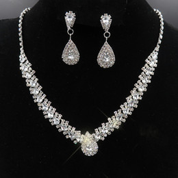 $enCountryForm.capitalKeyWord Australia - Luxury Bridal Jewelry Set with Crystals Necklace Stud Earrings Wedding Jewelry Sets for bride Bridesmaids Evening Prom Party Accessories