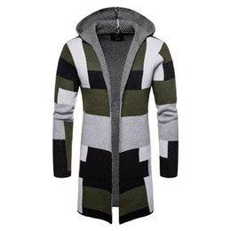 Venta al por mayor de Chaqueta de punto para hombre Suéter de punto largo para hombre Ocio e invierno masculino Nuevo color a juego