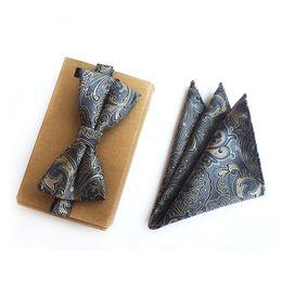 $enCountryForm.capitalKeyWord Australia - Gray Classic Paisley Style Classic Silk Bowties Neckwear Creative Handmade Bow Tie Set Plaid Handkerchiefs Bow Ties Men Gifts