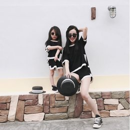 Discount mother baby daughter clothes - Play Summer Parent-Child Suit Family Matching Clothes Mama Baby Mommy and Me Dresses Mother and Daughter Sporting Clothe
