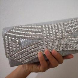 silver clutch purse for wedding 2019 - LOLIBOX Bags For Women Nice Rhinestone Bow Lady Day Clutches Purse Crystal Chain Bags Bridal Wedding Party Clutch cheap