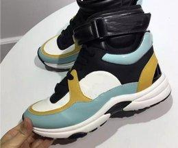 2019 sıcak Kişilik ve moda ünlü Lüks tasarımcı sneakers dantel-up ayakkabı ile en kaliteli hakiki deri kadın rahat tasarımcı 2C8 indirimde