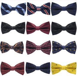 Wholesale Fashion Groom Tuxedo Bow Tie Men Striped Dot Groom Groomsmen Wedding Party Colorful Striped Wedding Suits Accessories