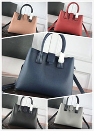 Latest Leather Bags Australia - The latest lady handbag of 2019, high quality leather single shoulder bag, lady's oblique bag, free of freight M2028