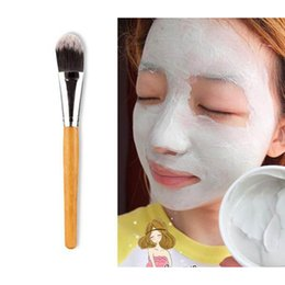 Wholesale Makeup Brushes Bamboo Handle Make Up Facial Mask Brush Face Beauty Foundation Brushes for Woman RRA1310