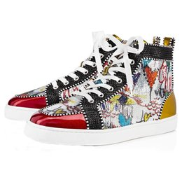 2019 diseñador de la marca Studded Spikes Flats zapatos Red Bottoms zapatos de lujo para mujer para mujer amantes de la fiesta de cuero genuino zapatillas tamaño 36-46 3A 15 en venta