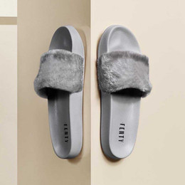Straw flat flip flopS online shopping - Hot With Shoes Boxes Leadcat Fenty Rihanna Shoes Women Slippers Indoor Sandals Girls Fashion Scuffs White Grey Pink Black Slide US