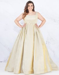Pear droP crystal online shopping - 2019 Gold CheapEvening Prom dresses Plus size Square Neck Backless Crystal Beaded A line Satin Cheap Plus Size Special Occasion Dresses