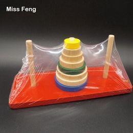Vente en gros B015 / tour en bois de Hanoi jouets énigmes incroyable jeu amusant