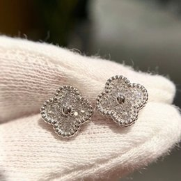 diamond studs sale Australia - 2020 Luxurious quality Hot sale S925 stud earring with sparkly diamond for women wedding jewelry gift Free shipping PS3407