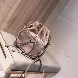 Toptan satış Tasarımcı Omuz Çantası Çanta İyi Kalite Kepçe İki Renk # CFY2003134