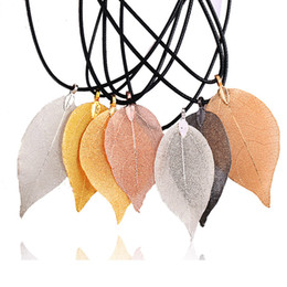 Special Pendants Australia - Gold and Silver Plated Luxury Multicolor Natural Leaf Pendant Necklace with Leather Rope Special Leaves Jewelry Gifts for Women and Girls