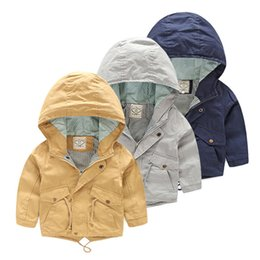 $enCountryForm.capitalKeyWord NZ - For 2-9 Yrs Baby Boy Jacket Coat Kids Hooded Windbreaker Cotton Outerwear Spring Autumn Casual Clothing Solid Color Children