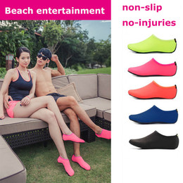 Swim dive toyS online shopping - Beach Water Sports Scuba Diving Socks Colors Swimming Snorkeling Non slip Seaside Beach Shoes Breathable Surfing Socks Sand Play pair
