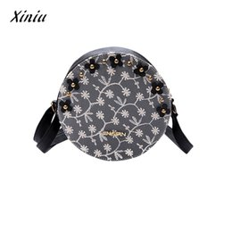 $enCountryForm.capitalKeyWord NZ - XINIU Women Lace Floral Round Handbag Fashion Zipper Leather Shoulder Bag Tote Messenger Bag Barrel shaped Pouch Female Clutch