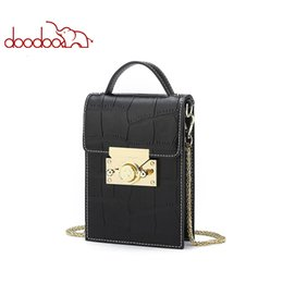 handbags chains Australia - Brand genuine leather handbags Women Shoulder Crossbody designer Ladies Crocodile Texture Pattern Phone 2019 Chain Female Messenger Bags for