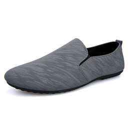 $enCountryForm.capitalKeyWord Australia - 2019 Mens Casual Loafers Shoes Breathable Light Fabric Fashion Summer Autumn Leopard Black Gray Blue Flat with Cheap Male Shoes