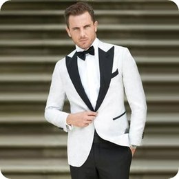 $enCountryForm.capitalKeyWord Australia - White Black Man Suits for Wedding Peaked Lapel Blazers Prom Groom Wear Tuxedo 2Pieces Coat Evening Party Slim Fit Formal Terno Masculino