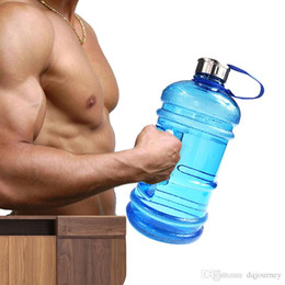 $enCountryForm.capitalKeyWord NZ - 2.2L Large Capacity Fashion Designer Water Bottles Outdoor Sports Gym Half Gallon Fitness Training Camping Running Workout