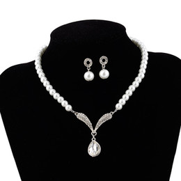 $enCountryForm.capitalKeyWord Australia - Silver Plated Tear Drop Cream Pearl and Rhinestone Crystal Bridal Necklace and earrings Jewelry Set