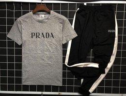 Nouveau Mens Tees Survêtement Lettres D'été Lettres Slim Imprimé Imprimé Vêtements Pour Hommes Sweat-Shirt Casual Crew Neck Survêtements Costumes Taille M-4XL en Solde