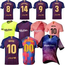 b90f6ca1f5896 10 camisetas de fútbol Messi 9 Suárez 8 Iniesta 14 Coutinho 18-19 Traje de  fútbol de alta calidad para hombre Ropa deportiva Camisetas baratas En el  ...