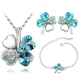 crystal lucky clover pendant chain necklace Canada - Europe Lucky Clover Crystal necklace earrings bride crystal suit female cross-border electricity supplier explosion models of foreign trade
