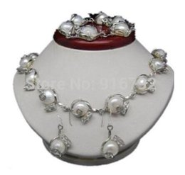 $enCountryForm.capitalKeyWord Australia - wholesale Noble Natural Shape 10-11mm White Baroque Pearl necklace bracelet earring Set Bridal Jewelry