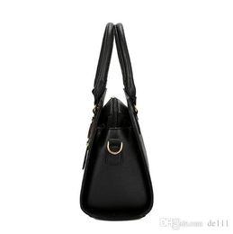 $enCountryForm.capitalKeyWord Australia - Women Flowers Leather Designer Handbag High Quality Shoulder Bag Ladies Handbags Fashion brand PU leather women bags be in vogue usa