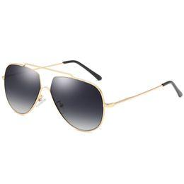 Top Designer Sunglasses Brands Australia - 1pcs top quality brand designer men's polarized sunglasses men's pilot sunglasses metal frame driving glasses UV400 protection goggles
