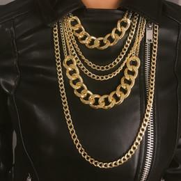 8bfa3db9bb51 Exagerado Largo Capas Múltiples Cadena Gargantilla Cadena de Eslabones de  Oro Dorado Colgantes Hip Hop Collar Mujer Joyería Punk
