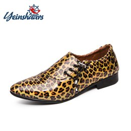 $enCountryForm.capitalKeyWord Australia - YEINSHAARS New Fashion Men's Leopard Patent Leather Lace-Up Dress Wedding Shoes Man Business Oxfords Mens Casual Party Flats