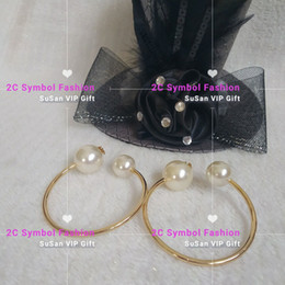 Wholesale symbols gold for sale - Group buy New Fashion pearl bracelets gold color classic symbol pearl with logo fashion matel wristband xmas gift