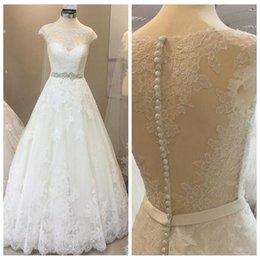 Robe Mariee Vintage Australia - New Fashion Elegant Wedding Dresses Lace Vintage A-line Cap Sleeves Crystal Beaded Sashes Floor-Length Wedding Gowns Cheap robe de mariee