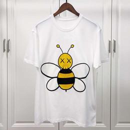 Big Collared Shirts Australia - Men's T Shirt 2019 Short Sleeve Big bee embroidery Round collar T-Shirt Tops & Tees Male Tshirts Men Clothing