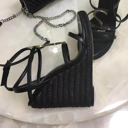 Gold wedGe flip flop sandals online shopping - With Box Slides Summer Luxury Designer Beach Indoor Flat G Sandals Slippers House Flip Flops With Spike sandal35