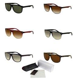 945e477411092 Gafas de sol de plástico Flat Top Frame Outlet Occhiali Da Sole gafas de  sol redondas 2019 Gafas de ciclismo de lujo Gafas de bicicletas de gama  alta 4147