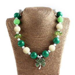 Wholesale Hot Sale Girl St Patrick s Day Charms Necklace Kids Four Leaf Jewelry Lucky Necklace Girl Bead Kids Jewelry