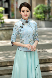 embroidered tops girls 2019 - Cheongsam Shirt Traditional Chinese Clothing Girls Embroidered Top Chinese Style Linen Top Mandarin Collar Shirt discoun