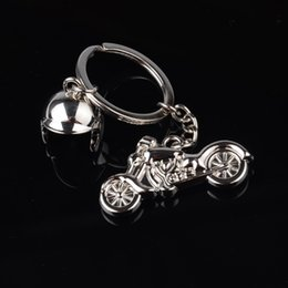 Discount motorcycle chain rings - Classic 3D Simulation Model Of Motorcycle Motorcycle Helmet Charms Creation Alloy Key Chain Key Holder Car Ring Gifts