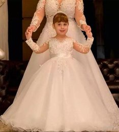 Images Applique Shirts Girl Australia - White Tulle Flower Girl Dress For Wedding Long Appliques Backless Holy First Communion Gowns New Coming Girls Birthday Dresses