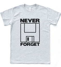 $enCountryForm.capitalKeyWord UK - Never Forget Floppy Disk Funny Meme Tee Slogan Geek Computer T-shirt Nerd Top Funny 100% Cotton T Shirt Cattt Windbreaker Pug Tshirt