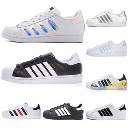 $enCountryForm.capitalKeyWord Australia - 2019 Originals superstars casual shoes Designer for men women black white gold green red super star fashion mens flat sneakers size 36-44