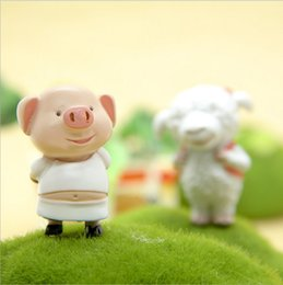 Wholesale funny puppets online – design Cute Pig Brother Sheep Sister Resin Action Figure Collectible DIY Garden Decoration Cute Gift Funny Toys
