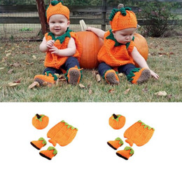 $enCountryForm.capitalKeyWord Australia - Newborn Baby Crochet Knit Costume Prop Outfits Photo Photography Baby Pumpkin halloween Hat Shoes Photo Props Baby Boys Outfits