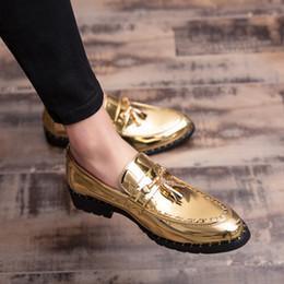 Ingrosso 2019 uomini mocassini in pelle da uomo scarpe casual fatti a mano moda confortevole uomini traspirante scarpe designer di moda designer di lusso