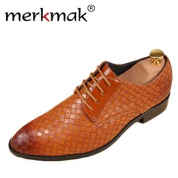 brown casual dress shoes for men 2019 - merkmak Leather Shoes Men Bussines Leather Casual Shoes Fashion Lace Up Dress Shoes For Men High Quality Spring Winter F