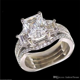 $enCountryForm.capitalKeyWord Australia - Fashion 10KT White gold filled square diamond gemstone Rings sets 3-in-1 Jewelry Cocktail wedding Band Ring finger For Women