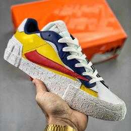Qualité supérieureHOTSALE Blazers Mid x Sacai Chaussures de skateHaut Bas Designer Chaussures Casual Chaussures de toile des femmes des hommes en Solde