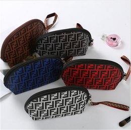 $enCountryForm.capitalKeyWord Australia - Mini Cosmetic Bag Designer Luxury Handbags Purses F&F Letters Print Wash bag Wallets Bags Fashion Outdoor Wristlet Zipper Totes New B7201